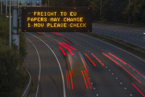 Motorway-sign-ready-for-Brexit-with-ISO-9001